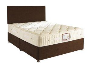 """Briody Endurance 4'6"""" Divan Bed"""
