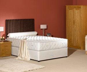"""REM 1600 4'6"""" Divan Bed"""