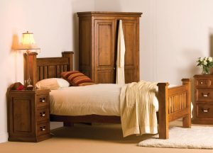 "Country 4'6"" Bedroom Set"