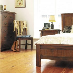 Montana 5' Bedroom Set
