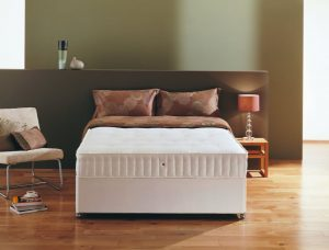 "Regatta 4'6"" Divan Bed"