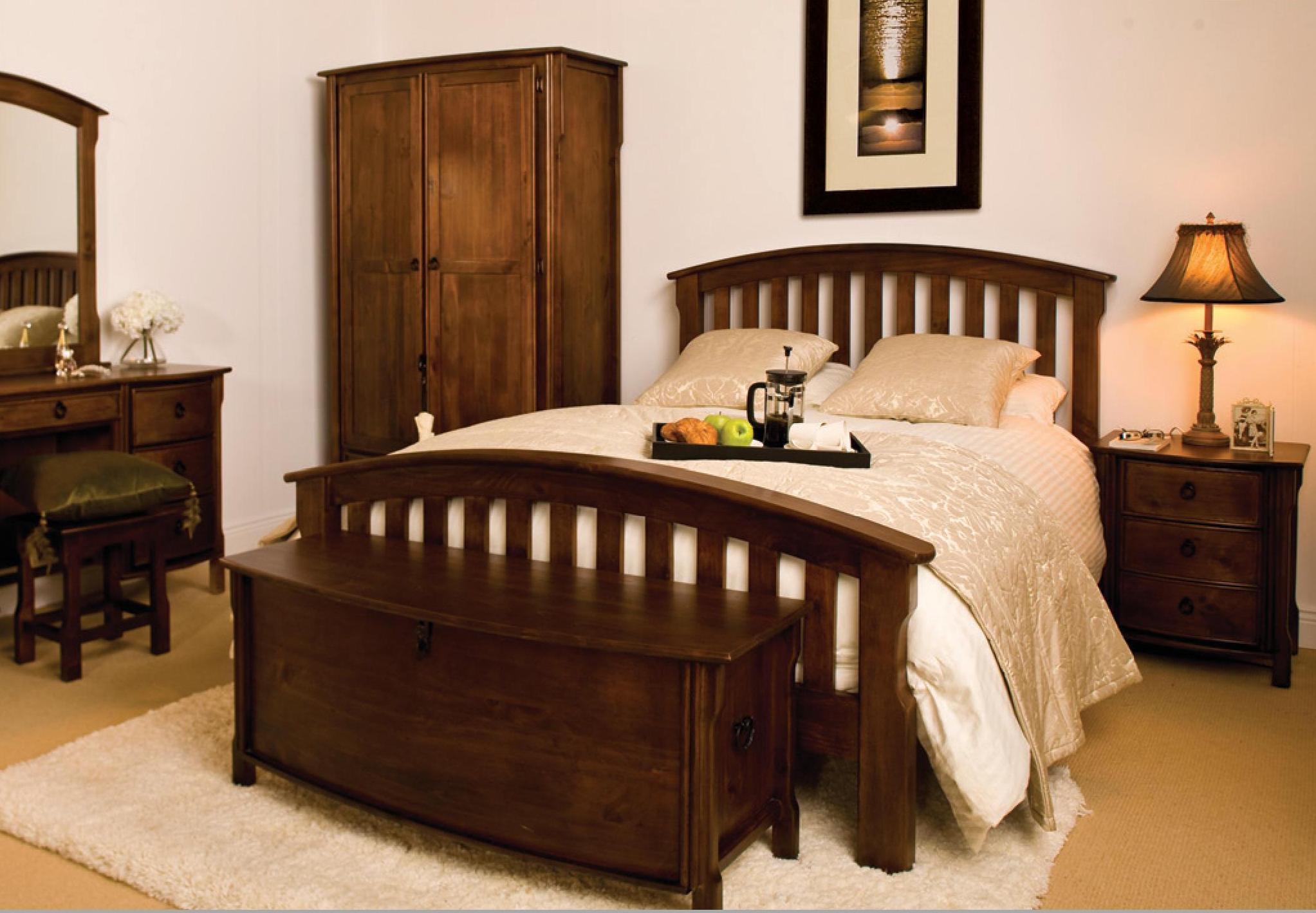 Seville 6' Bedroom Set