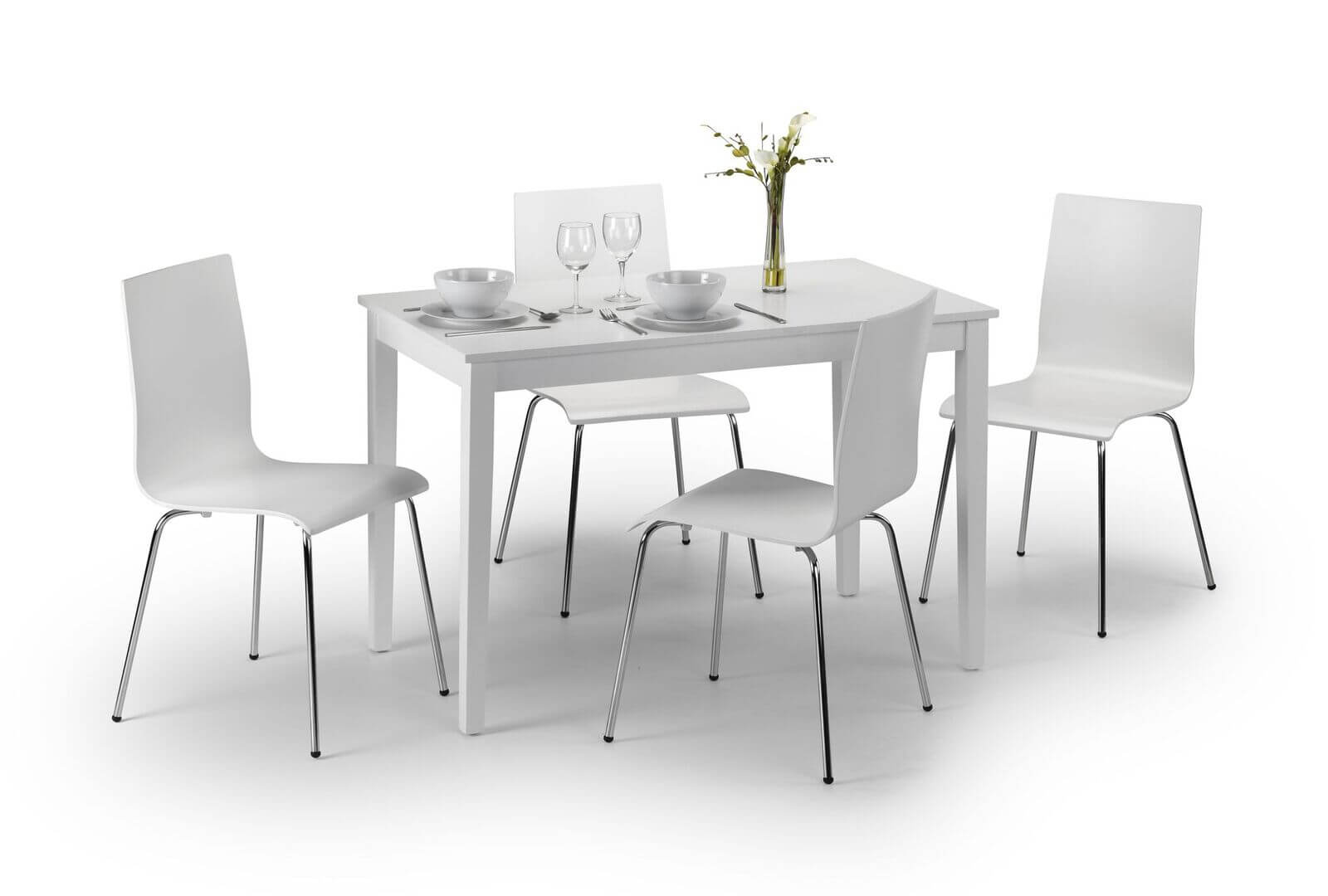 Taku Dining Set (Table + 4 Mandy Chairs)