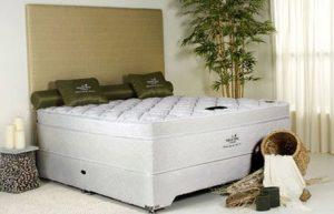 Natures Touch 5' Divan Bed