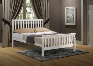 "Leon 4'6"" Sleigh Bed - White"
