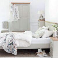 Derg Bedroom