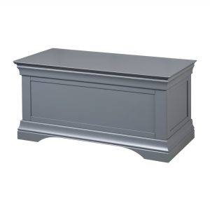 Daniella Blanket Box
