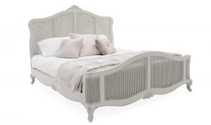Camille 6' Bed