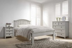 Mila 5' Curved Bed