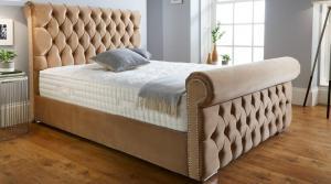 Buckingham 4'6 Storage Bed